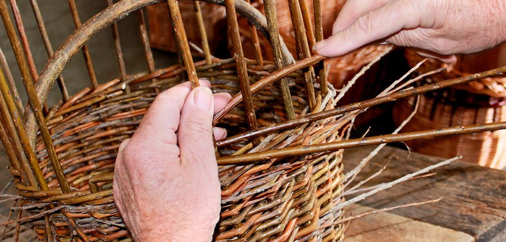 Basket%20weaving%2010.JPG